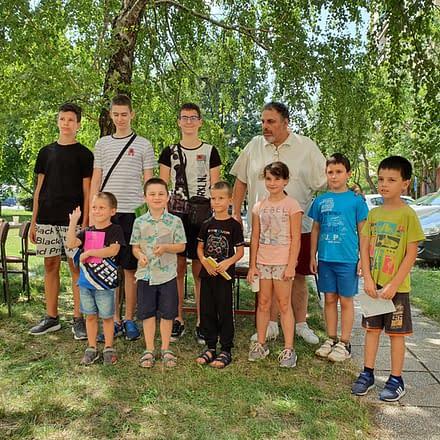 Prijateljski turnir između DŠK Kapablanka 1992 i ŠK Bubamara kao vesnik početka nove šahovske sezone za decu u Novom Sadu